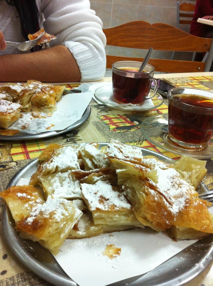 Kadıköy Merkez Börekçisi | Caferağa Mühürdar Caddesi, 34710 Kadıköy/İstanbul | +90 216 330 90 98
