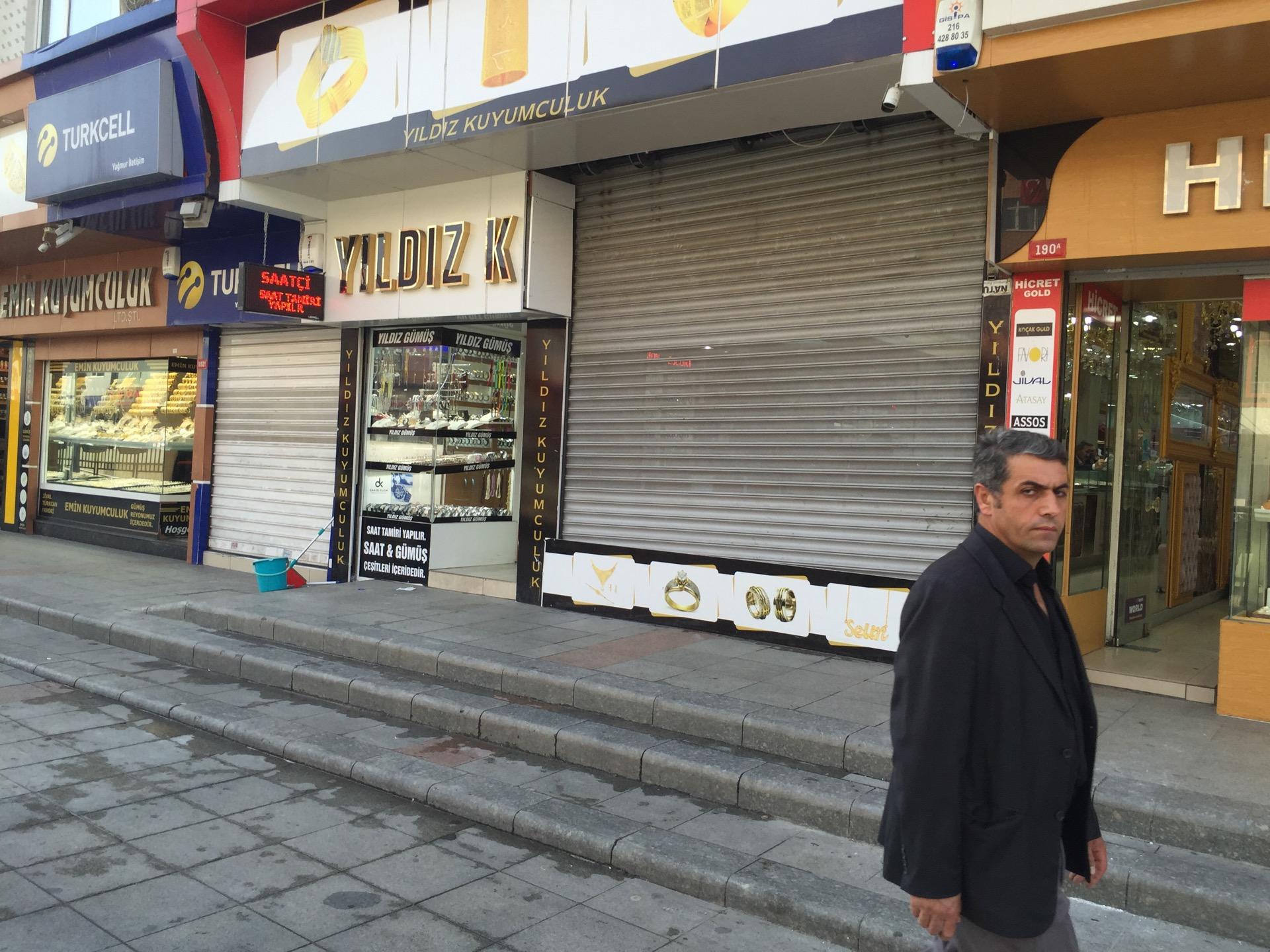 Yıldız Kuyumculuk & Gümüş | Mehmet Akif Ersoy Mahallesi Fatih Bulvari, Sultanbeyli/İstanbul | +90 216 398 22 80