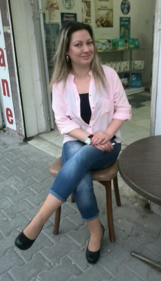 Eczane Dedebal   Güneşli 529/1. Sokak, 35270 Konak/İzmir   +90 232 448 64 15