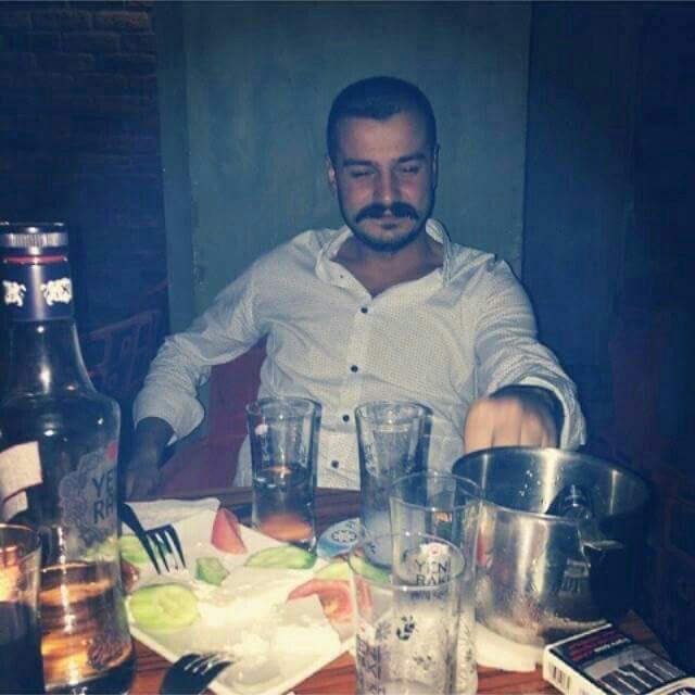 Keyfi Hane Cafe   Caferağa 41 Mühürdar Caddesi, 34710 Kadıköy/İstanbul   +90 216 347 24 12