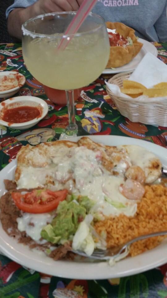 Jalisco Mexican Restaurant   2601 Central Ave, Dodge City, KS, 67801   +1 (620) 227-0888