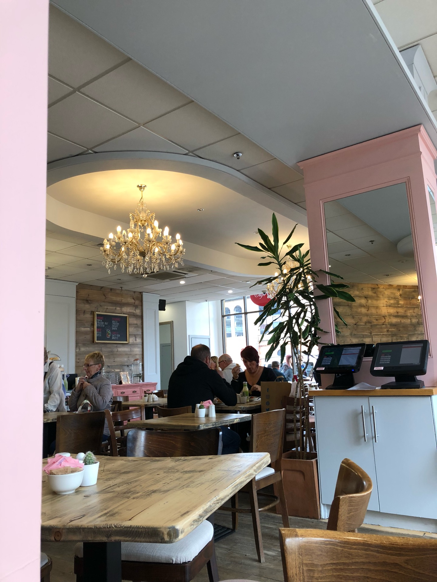 Cafe m harrogate, Unit 10, Victoria Shopping Centre, Station Parade | Unit 10, Victoria Shopping Centre, Station Parade, Harrogate HG1 1AE | +44 1423 567830