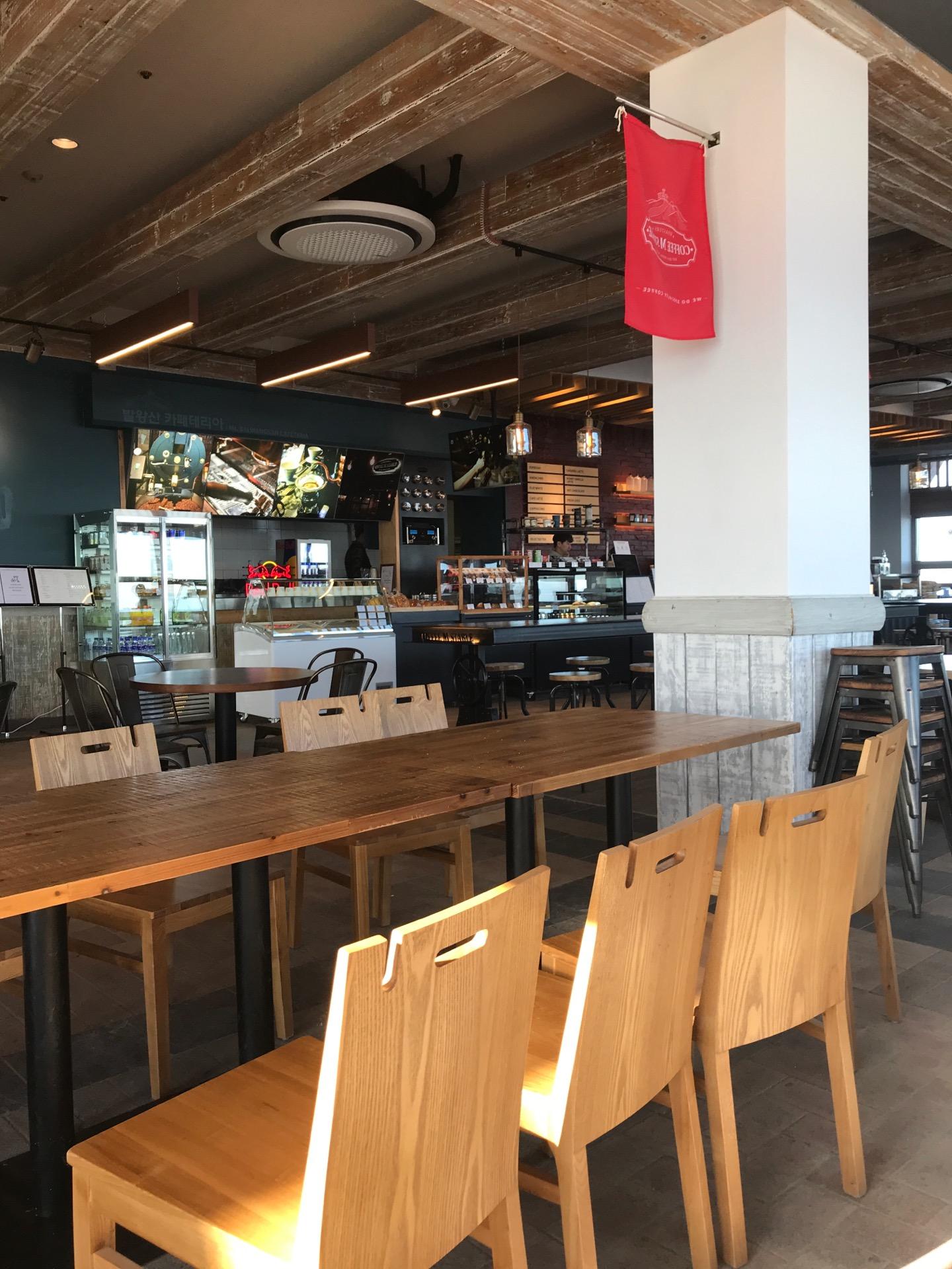 Coffee M Stable   Gangwon Pyeongchang-gun 대관령면 올림픽로 715   +82 33-335-5757
