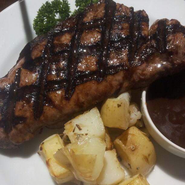 Pantanos Bar & Grill | 73 William Street, Bathurst, New South Wales 2795 | +61 2 6331 1264