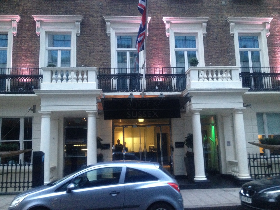 Radisson Blu Edwardian Sussex Hotel | 19-25 Granville Place, Marble Arch, London W1H 6PA | +44 20 7408 0130