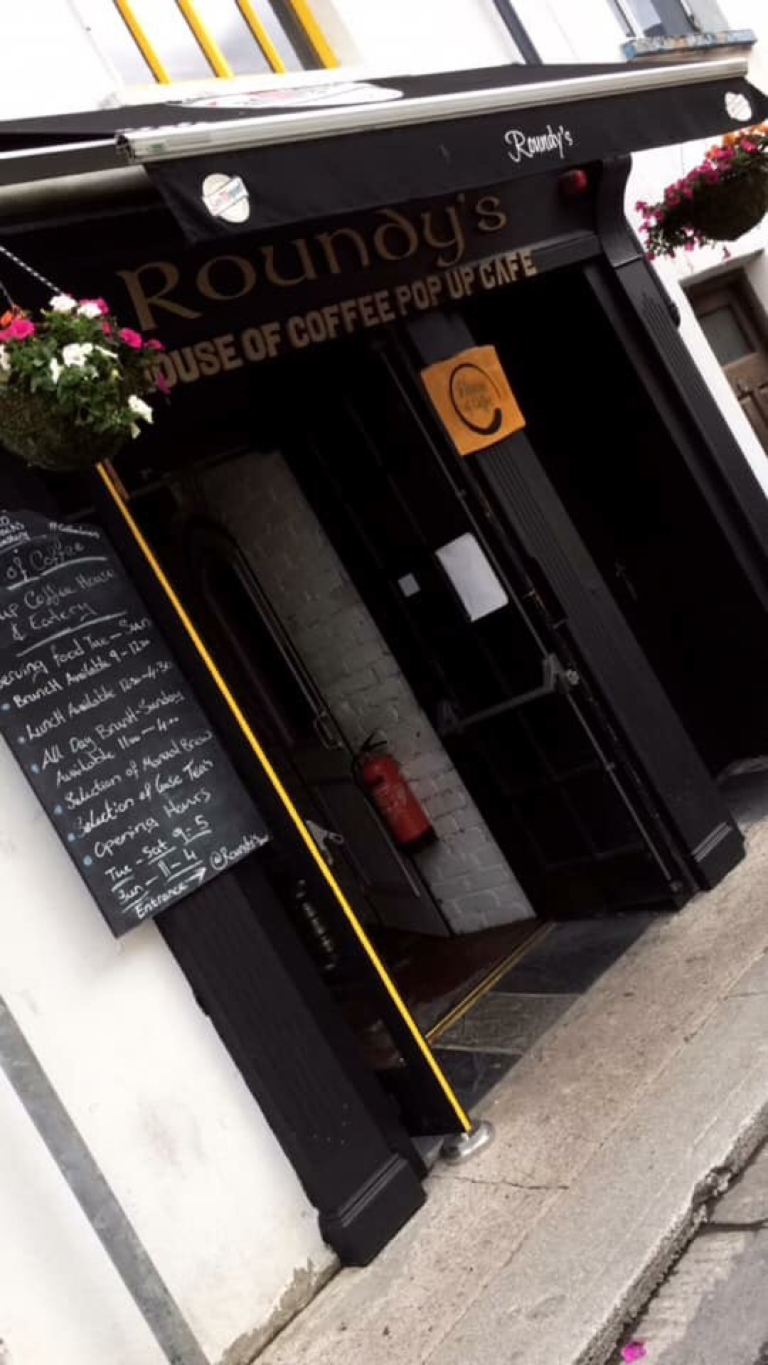 House Of Coffee | 5 Brogue Makers Lane, Tralee, V92 NA46 | +353 83 059 9170
