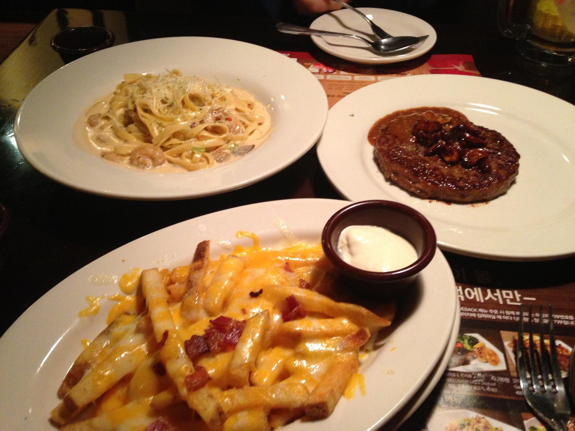 OUTBACK Steakhouse   서울 강동구 올림픽로 660   +82 2-471-1791
