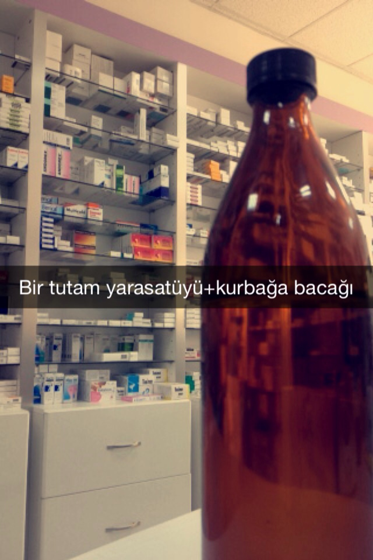 Nihan Eczanesi   Güneşli 527. Sokak, 35270 Konak/İzmir   +90 232 256 06 37