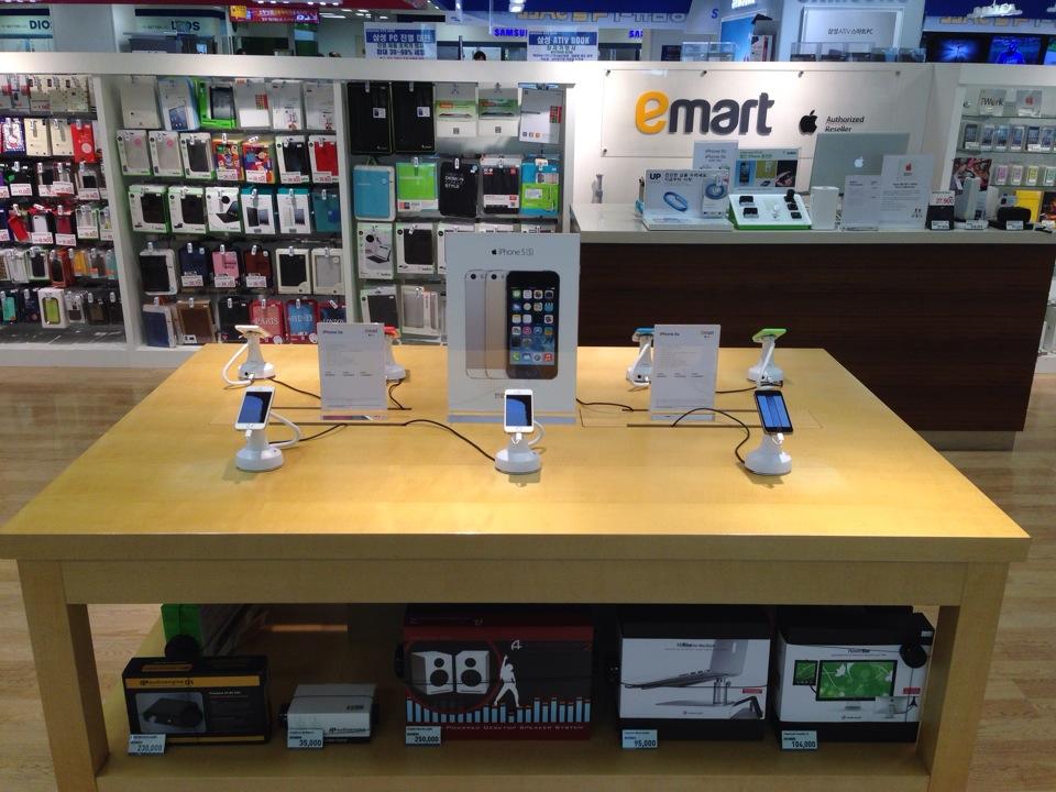 이마트 애플샵 A-Store 은평점   서울 은평구 은평로 111   +82 2-352-6182