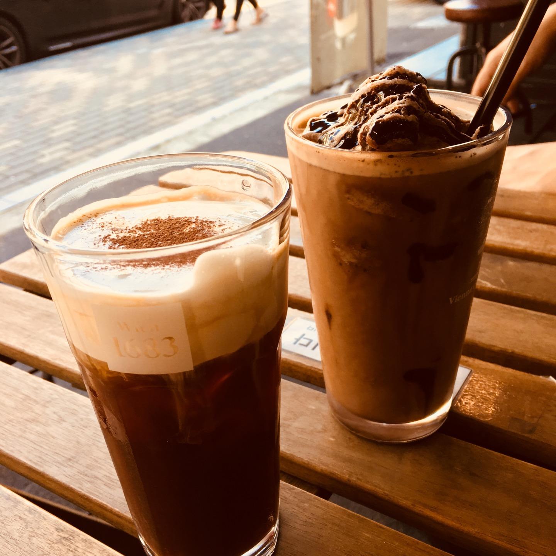 Vienna coffee house | Seoul Ma-po-gu 양화로6길 76 | +82 2-322-6859