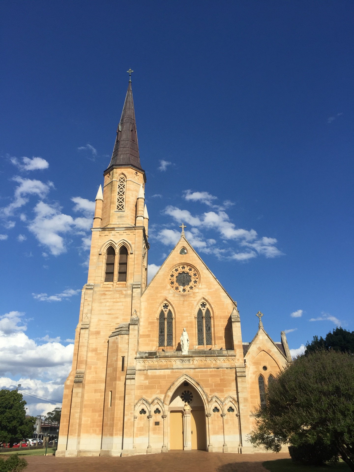 St. Mary Of The Presentation Catholic Church | 57 Market Street, Mudgee, New South Wales 2850 | +61 2 6372 2122