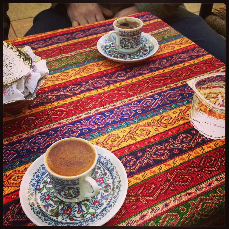 Çınar Cafe | Caferağa Mühürdar Caddesi, 34710 Kadıköy/İstanbul | +90 532 293 73 52