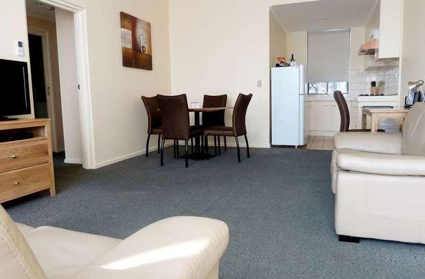 Best Western Frankston International Motel | 383 – 389 Nepean Highway, Frankston, Victoria 3199 | +61 3 9781 3444