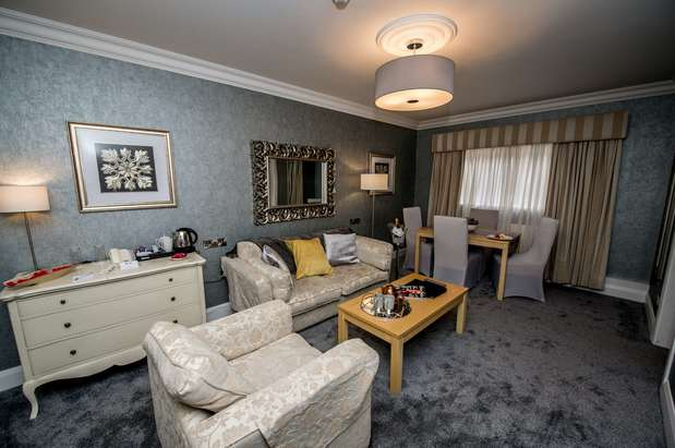 Best Western Plus White Horse Hotel | 68 Clooney Road, Derry, Londonderry BT47 3PA | +44 28 7186 0606