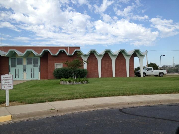 Central Plains High School - Claflin | 700 W Albro St, Claflin, KS, 67525 | +1 (620) 587-3801