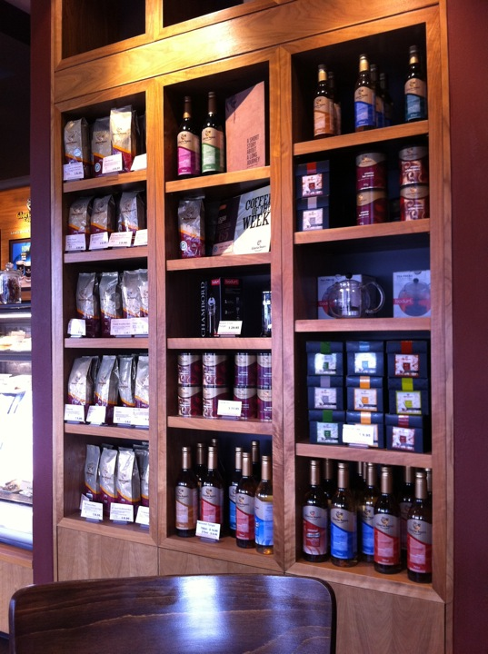 Gloria Jeans Coffees | 212 Howick Street, Bathurst, New South Wales 2795 | +61 2 6332 4685