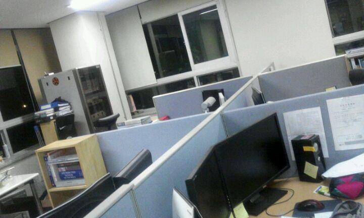전남대학교 공과대학 7호관 College of Engineering B/D Ⅶ | 광주 북구 용봉로 77 | +82 62-530-1605
