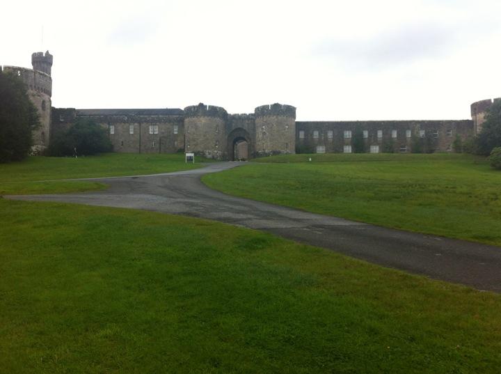 Glenstal Abbey   Mainistir Ghleann Stáil, Murroe   +353 61 621 000